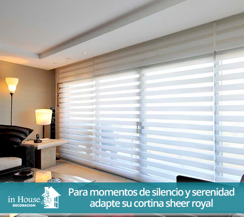 Cortinas sheer royal en una sala