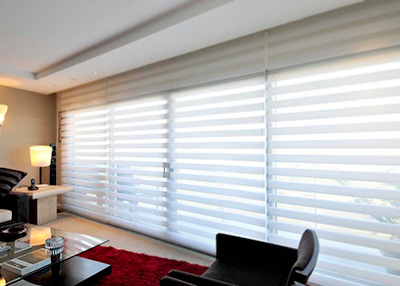 Cortinas sheer royal en sala